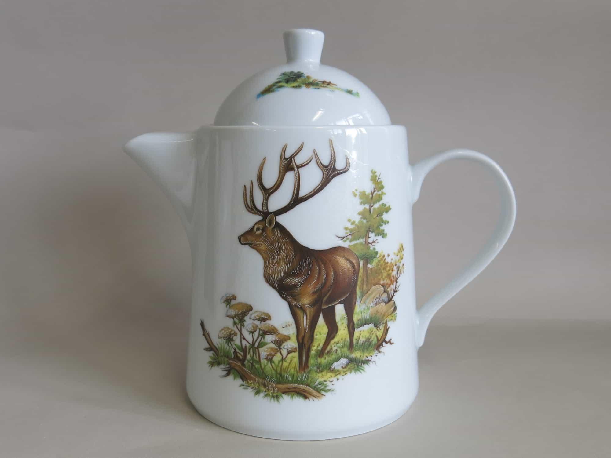Moderne Porzellan Teekanne Opty mit Jagdmotiv Hirsch