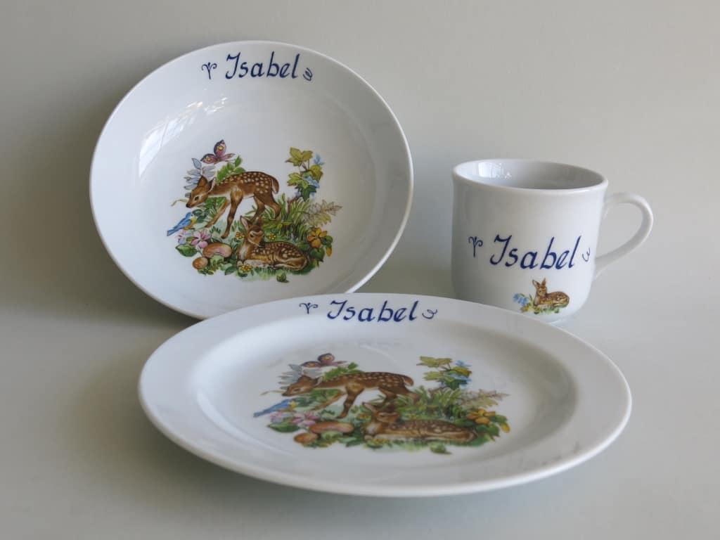 Kindergeschirr Porzellan Set, kleiner Becher 230ml, tiefe Schale 18cm und flacher Teller 19cm mit Rehkitz im Wald und Namen